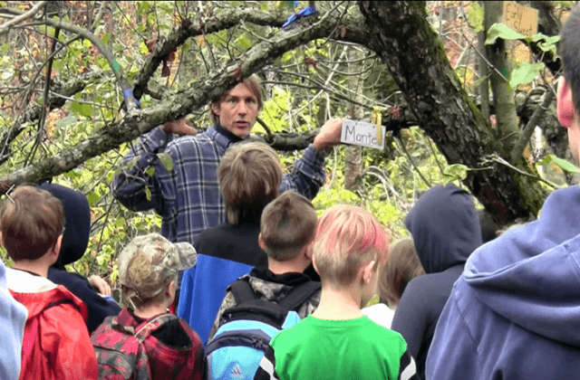Education about fruit trees and propagation